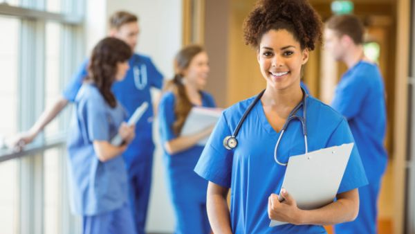 Travel Nurse Across America Nursing Scholarship
